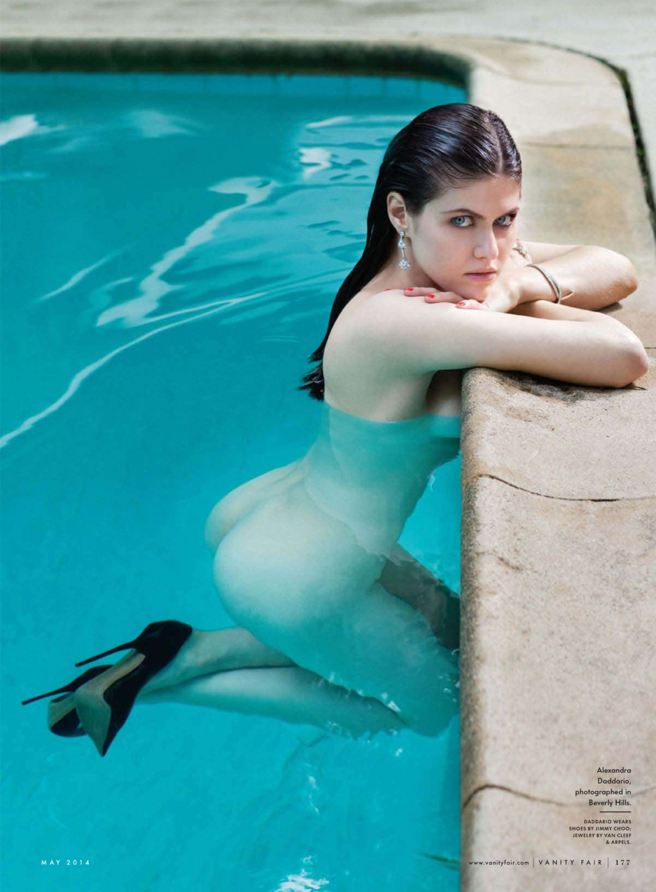 Picture tagged with: Alexandra Daddario, Brunette, Celebrity - Star, Pool