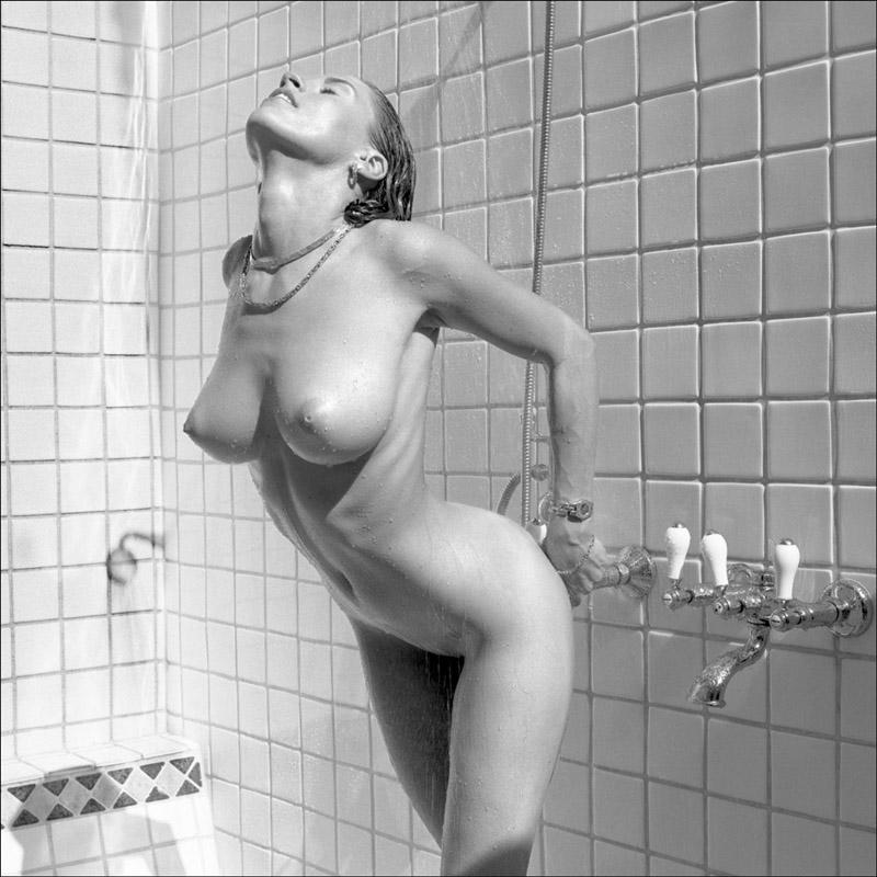 Picture tagged with: Blonde, Boobs, Shower