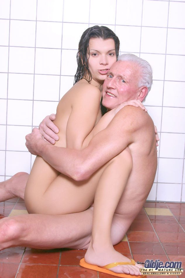 Old man fuck young girl in shower
