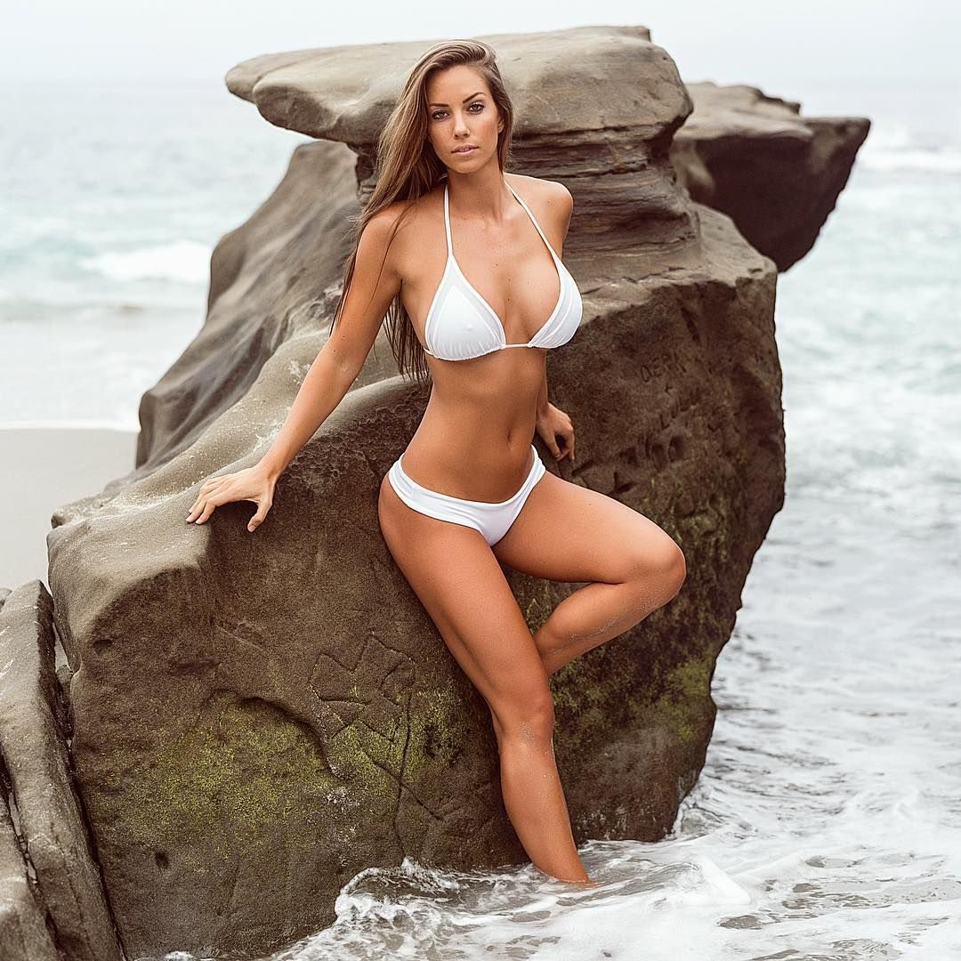 Picture tagged with: Brunette, Busty, Bikini, Janna Breslin