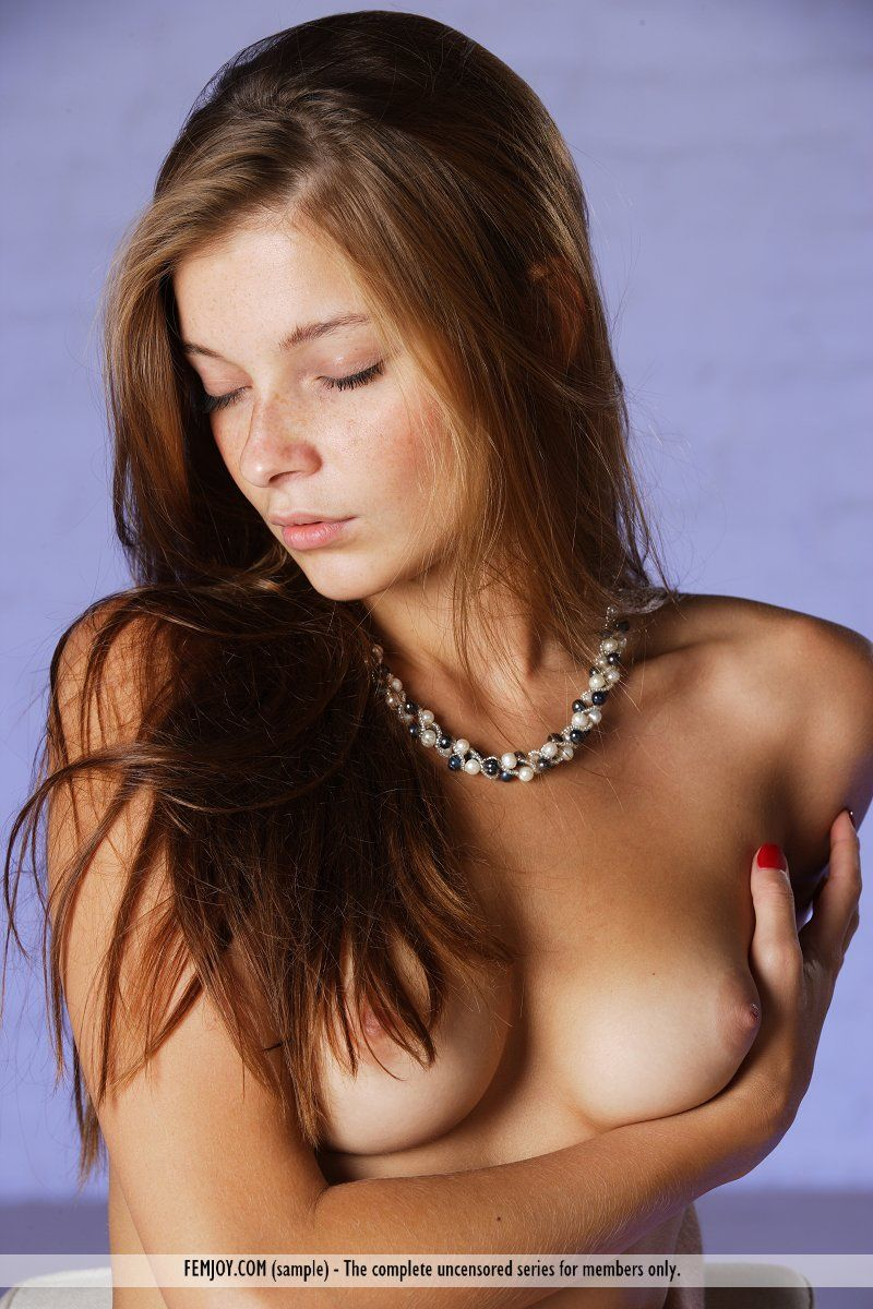 Picture tagged with: Angelina B - Indiana A, Brunette, Femjoy, Sensual