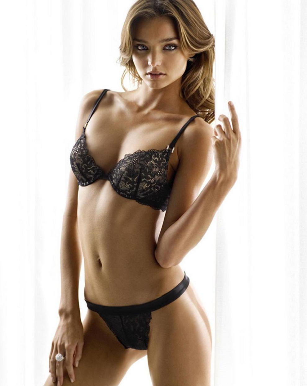 Picture tagged with: Miranda Kerr, Lingerie, Safe for work