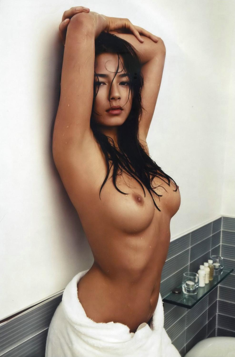 Picture tagged with: Skinny, Brunette, Boobs, Celebrity - Star, Jessica Gomes