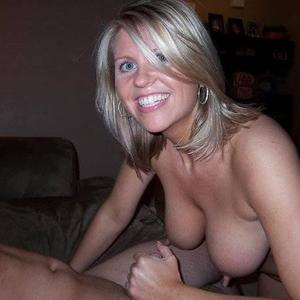 Picture tagged with: Blonde, Boobs