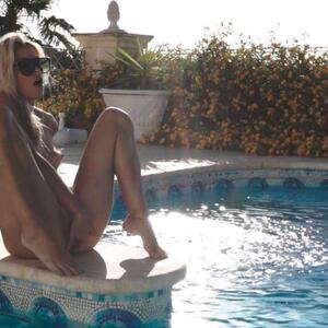 Picture tagged with: Blonde, Camgirl, Chaturbate, Jana Volkova, Pool