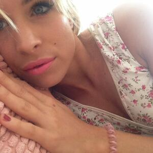 Picture tagged with: Blonde, Camgirl, Chaturbate, Jana Volkova