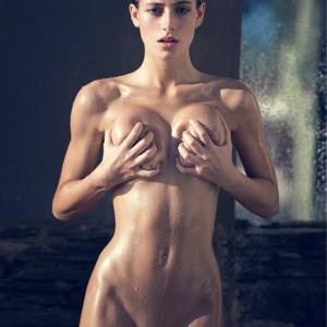 Picture tagged with: Brunette, Alejandra Guilmant, Celebrity - Star, Tummy