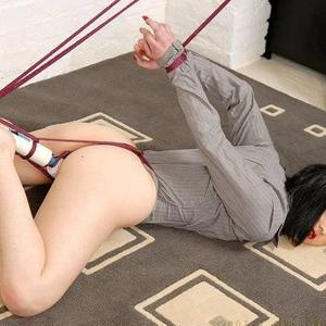 Picture tagged with: Brunette, Bondage