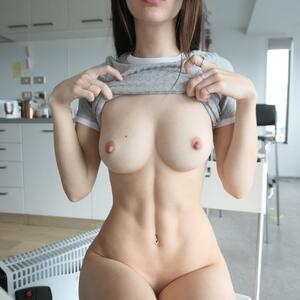 Picture tagged with: Brunette, Boobs, Camgirl, ManyVids.com, MissAlice_94 - MissAlice_18, nood.tv