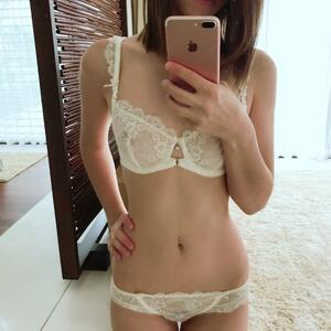 Picture tagged with: Brunette, Camgirl, Chaturbate, Chloe Lewis - newchloe18, Lingerie, Selfie, nood.tv