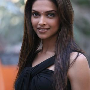 Picture tagged with: Brunette, Celebrity - Star, Deepika Padukone, Safe for work