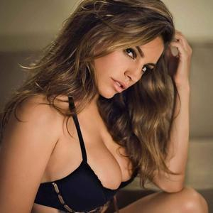Picture tagged with: Brunette, Celebrity - Star, Kelly Brook, Lingerie