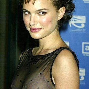 Picture tagged with: Brunette, Celebrity - Star, Natalie Portman