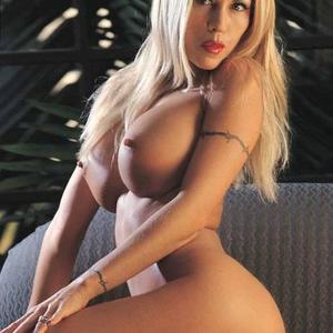 Picture tagged with: Busty, Blonde, Boobs