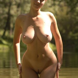 Picture tagged with: Busty, Brunette, Boobs, Nature