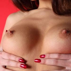 Picture tagged with: Femjoy, Brunette, Boobs