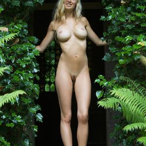 Picture tagged with: Femjoy, Busty, Blonde, Being there, Corinna