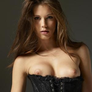 Picture tagged with: Little Caprice