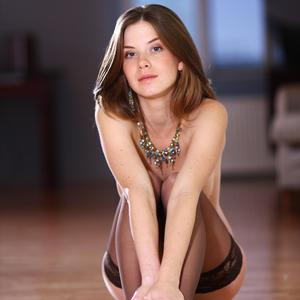 Picture tagged with: MET Art, Brunette, Bringing, Danica - Anita C