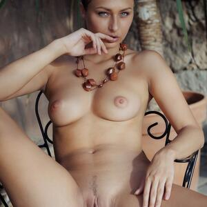 Picture tagged with: MET Art, Brunette, Finize, Yarina A