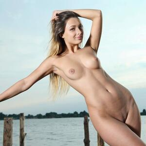 Picture tagged with: MET Art, Brunette, Teraza, Yarina A