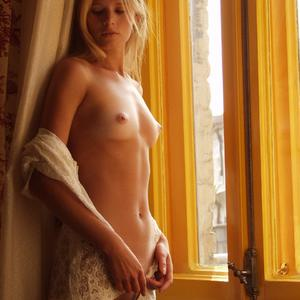 Picture tagged with: MET Art, Skinny, Blonde, Andrea C, Luminosa, Small Tits