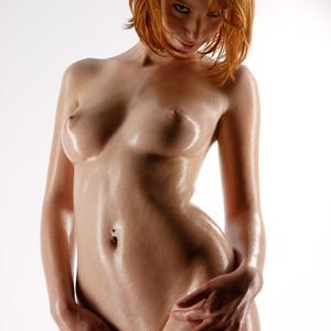 Picture tagged with: Redhead, Clelia