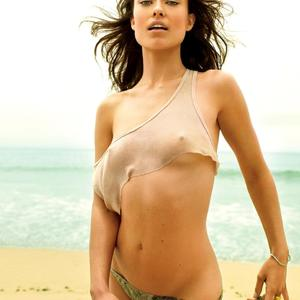 Picture tagged with: Skinny, Brunette, Beach, Olivia Wilde, Small Tits, Tummy