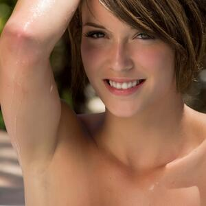 Picture tagged with: Skinny, Brunette, Cute, Malena Morgan, Smiling