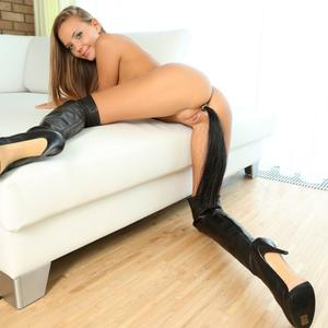 Picture tagged with: Watch4Beauty, Blonde, Katya Clover - Mango A, Tail