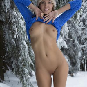 Picture tagged with: Watch4Beauty, Skinny, Blonde, Katya Clover - Mango A, Winterpee