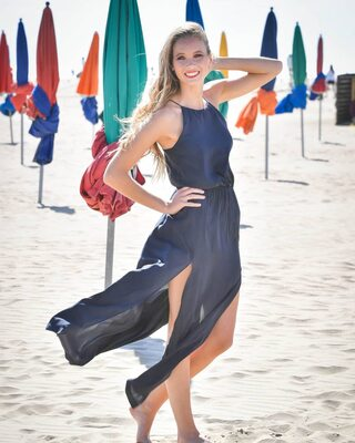 Picture tagged with: Amandine Petit, Blonde, Beach, Celebrity, Miss France 2021, Safe for work, Smiling