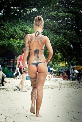 Picture tagged with: Beach, Tattoo