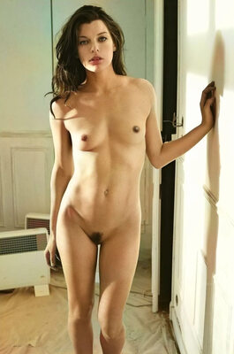 Picture tagged with: Black and White, Milla Jovovich, Celebrity - Star
