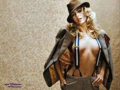 Picture tagged with: Blonde, Ana Hickmann, Celebrity - Star, Hat