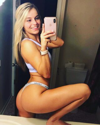 Picture tagged with: Blonde, Ass - Butt, Bri Lauren, Selfie