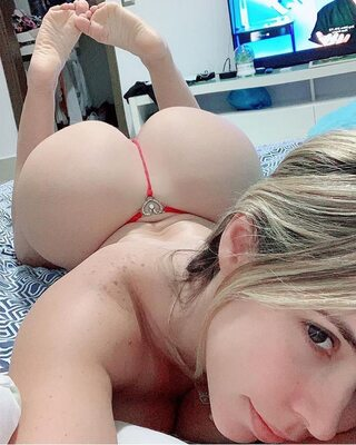 Picture tagged with: Blonde, Ass - Butt, Selfie
