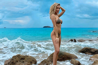 Picture tagged with: Blonde, Kaylen Ward, Beach, Bikini