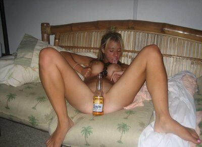Picture tagged with: Blonde, Corona