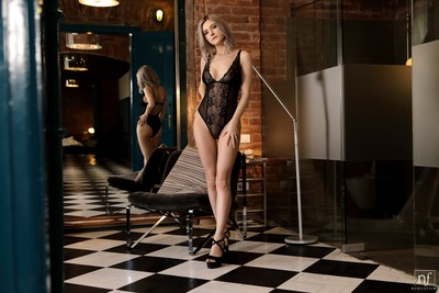 Picture tagged with: Blonde, Eva Elfie, Nubile Films, Lingerie