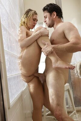 Picture tagged with: Blonde, Fucking, Kagney Linn Karter, Shower