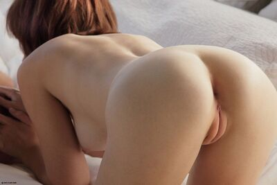 Picture tagged with: Brunette, Ass - Butt, Pussy