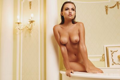 Picture tagged with: Brunette, Bath, Boobs, Nicole Young - Nicole Ross - Nika Kolosova