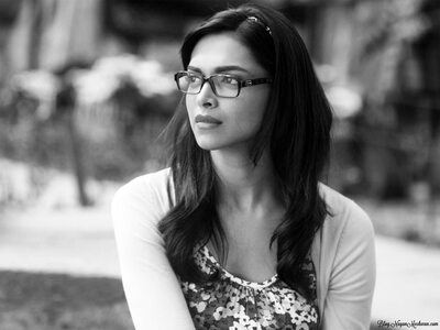 Picture tagged with: Black and White, Brunette, Deepika Padukone, Celebrity - Star, Safe for work