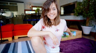 Picture tagged with: Brunette, Camgirl, Chaturbate, Chloe Lewis - newchloe18, nood.tv