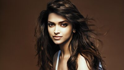 Picture tagged with: Brunette, Deepika Padukone, Celebrity - Star, Face, Safe for work