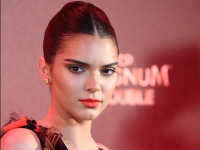Picture tagged with: Brunette, Kendall Jenner, Celebrity - Star, Face, Safe for work