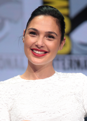 Picture tagged with: Brunette, Gal Gadot, Celebrity - Star, Safe for work, Smiling