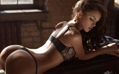 Picture tagged with: Brunette, Celebrity - Star, Lingerie, Viki Odintcova
