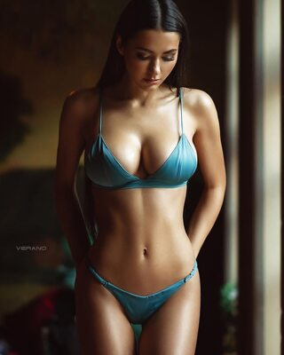 Picture tagged with: Brunette, Helga Lovekaty, Lingerie, Tummy